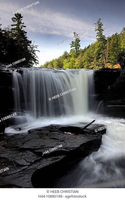 Manabezho Waterfalls, Presque Isle River, nature, Porcupine Mountains, Wilderness, State Park, Michigan, USA