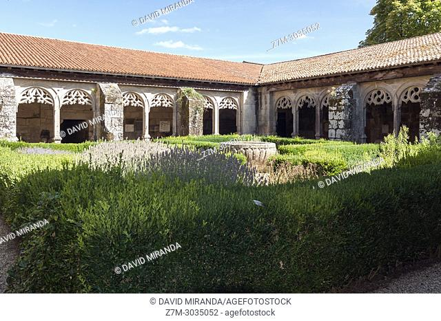 Cloister. Monasterio de Santa María. Xunqueira de Ambía. Orense. Galicia. Spain