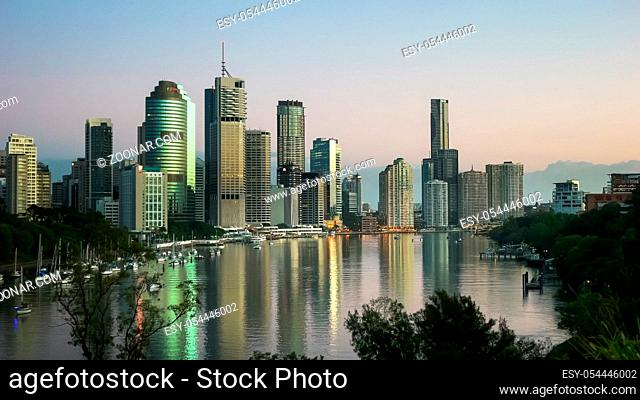 early morning view of queensland's capital city, brisbane, from kangaroo point