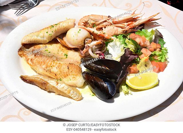 dish fried seafood and fish