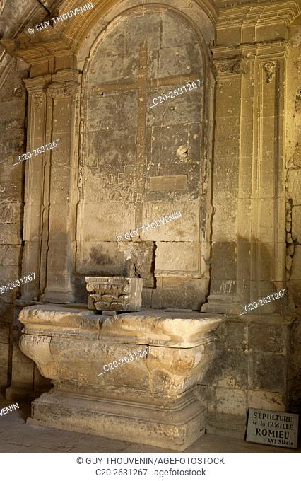 Funeral monument of Romieu family, in saint Honorat church, 12th c., Alyscamps, , Arles, 13, Provence, France