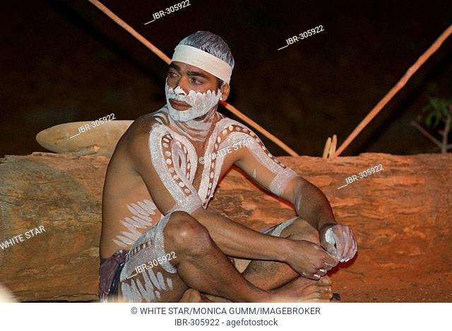 Aboriginal culture program in the Red Dreaming Centre, Alice Springs, Northern Territory, Australia