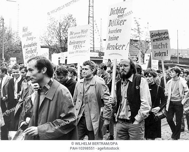 Pupils and students at a protest march against the emergency laws on May 15,1968 in Düsseldorf, the day of the second reading of the laws in the German...