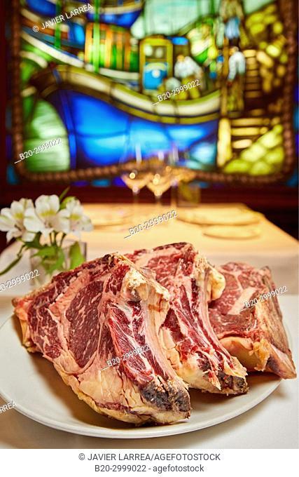 beef chops, Restaurante Juanito Kojua, Parte Vieja, Old Town, Donostia, San Sebastian, Gipuzkoa, Basque Country, Spain