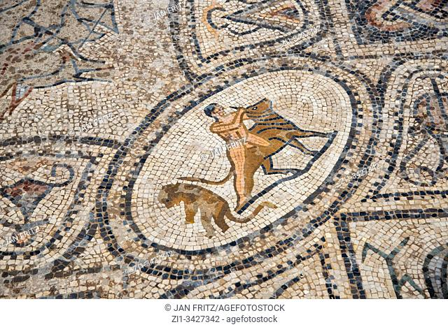 mosaics at ruins at roman Volubilis in Maroc