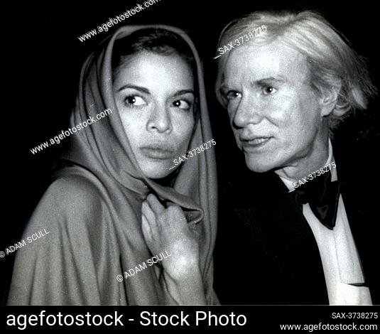 Bianca Jagger Andy Warhol at Studio 54 1978.Photo By Adam Scull/PHOTOlink.net.