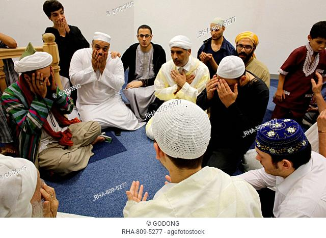 Sufi prayer, Evry, Essonne, France, Europe