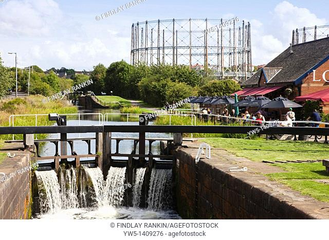 Forth and Clyde Canal at lock 27 near Anniesland, Glasgow, Scotland, UK