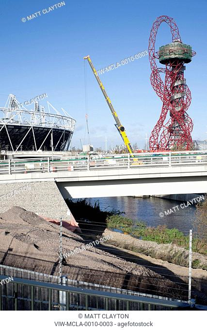 2012 LONDON OLYMPIC STADIUM 2010 POPULOUS ARCHITECTS and Orbital Tower, Anish Kapoor