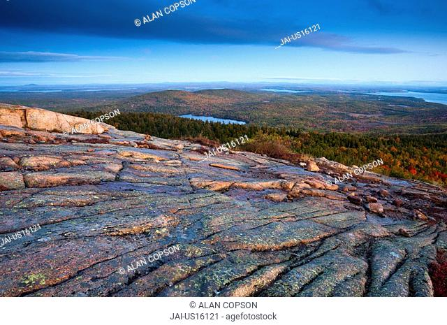 USA, Maine, Mount Desert Island, Acadia National Park, from Cadillac Mountain