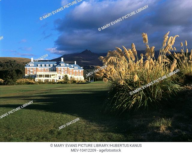 View of the grand hotel, Chateau Tongariro or Bayview Chateau, at Whakapapa, North Island, New Zealand. Whakapapa is located on the northern side of Mount...