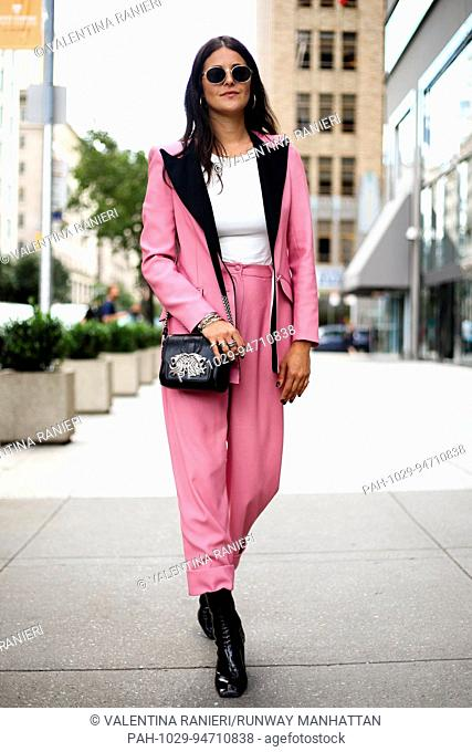 Stylist Dani Michelle walking on the street during New York Fashion Week - Sept 8, 2017 - Photo: Runway Manhattan/Valentina Ranieri ***For Editorial Use Only***...