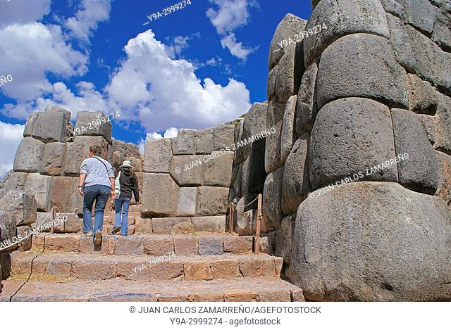 Sacsayhuaman ancient incan city, to ceremonial use, XVth to XVIth centuries, Incan Sacred Valley, Cusco or Cuzco department, southern Peru, South America
