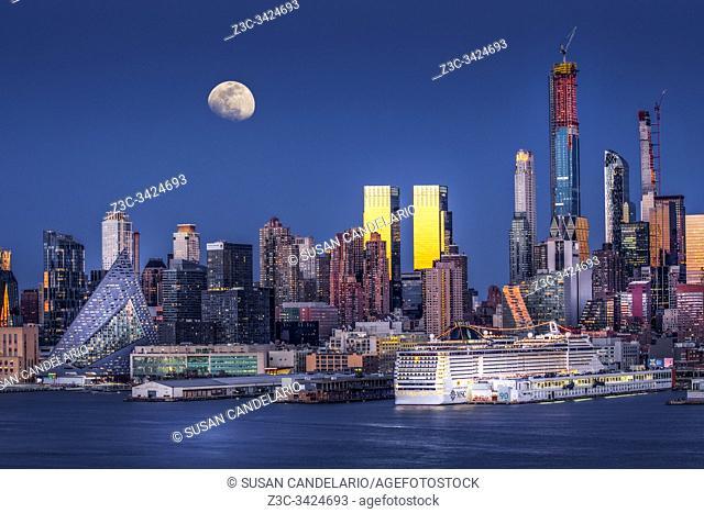 Upper NYC Skyline Moonrise