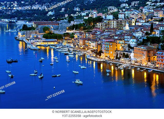 Europe, France, Alpes-Maritimes, Villefrance-sur-Mer. The bay and old town at early morning