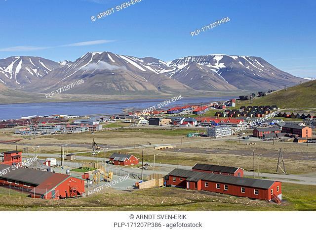 View over the town Longyearbyen in summer, Svalbard / Spitsbergen