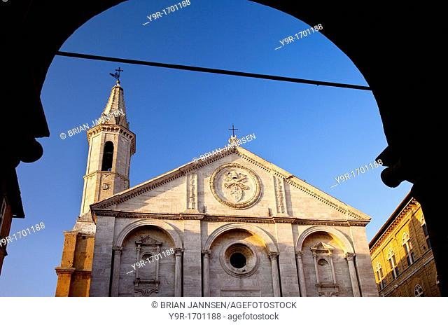 Morning sunlight on the Cathedral in Piazza Pio, Pienza, Tuscany Italy