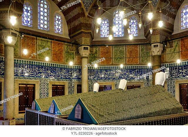 The türbe (mausoleum) of Suleiman the Magnificent in Süleymaniye Mosque at Fatih, Istanbul