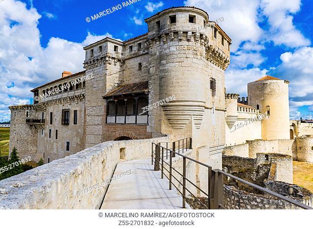 Cuéllar Castle or The Castle of the Dukes of Alburquerque. Cuéllar, Segovia, Castilla y León, Spain, Europe