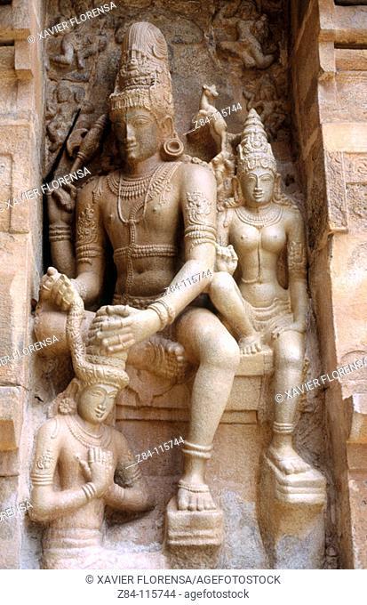 Relief of Shiva on wall of Vimana. Temple of Gangaikondacholisvara. Gangaikonda Cholapuram. Tamil Nadu, India