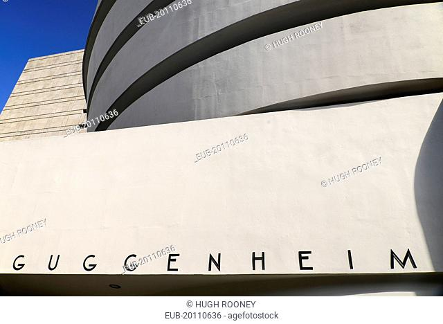5th Avenue Exterior of the Solomon R Guggenheim Museum building designed by Frank Lloyd Wright