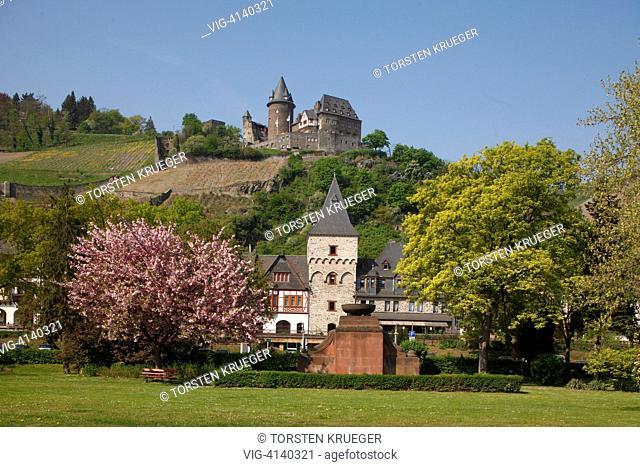 Bacharach : Die Altstadt von Bacharch mit Burg Stahleck