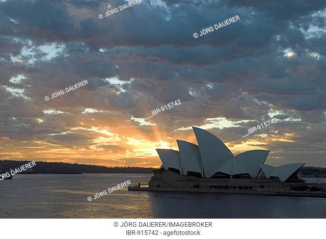 Sunrise over Sydney Opera House, Sydney, New South Wales, Australia