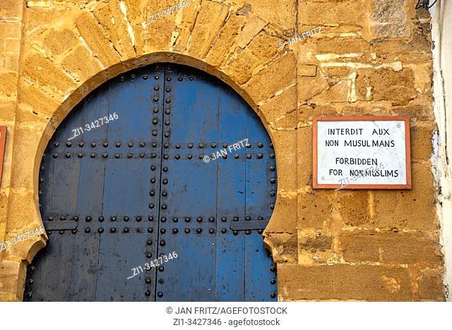 door of mosque in medina of Rabt, Maroc