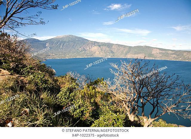 Lago de Coatepeque, Cerro Verde, El Salvador