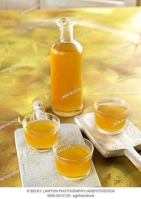 kefir de agua, un néctar burbujeante y sano para brindar en fiestas / Water kefir, a bubbly and healthy nectar for toasting