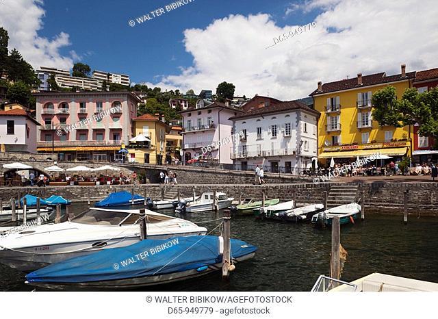 Switzerland, Ticino, Lake Maggiore, Ascona, lakefront