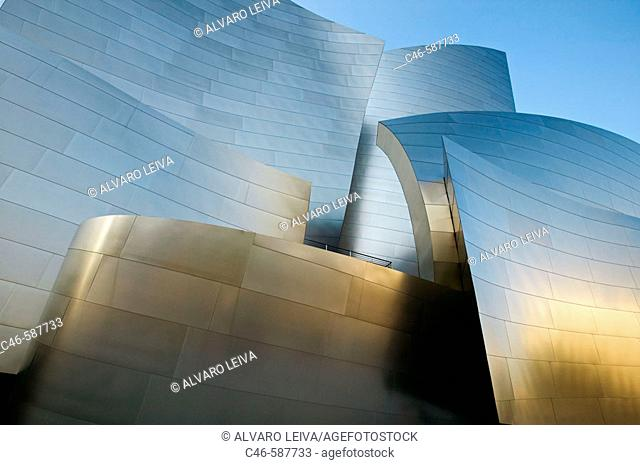 Walt Disney Concert Hall  (built 2004) Architect: Frank Gehry. Downtown. Los Angeles. California. USA
