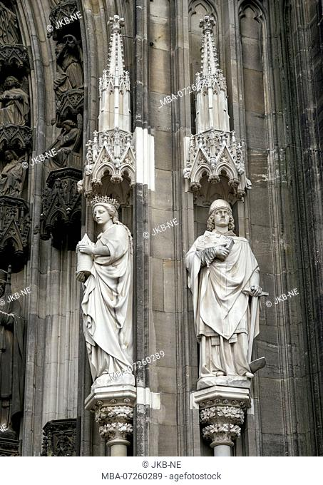 Germany, North Rhine-Westphalia, Cologne, cathedral, figures on the portal