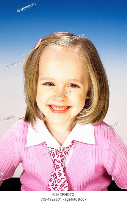Portrait of a smiling beautiful four-year-old girl - 01/01/2014