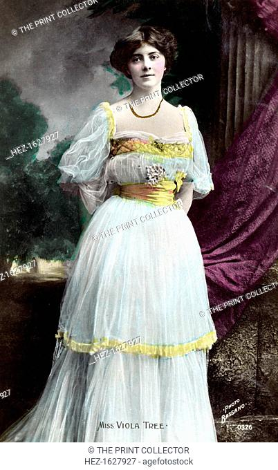 Viola Tree (1885-1938), English actress, 1906. Tree was the daughter of the acclaimed Victorian actor Sir Herbert Beerbohm Tree