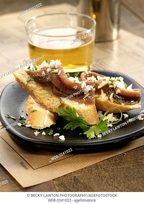 montadito de anchoa a la vinagreta