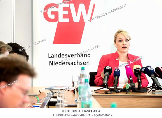 12 August 2019, Lower Saxony, Hanover: Laura Pooth, President of the Education and Science Trade Union, speaks at a press conference