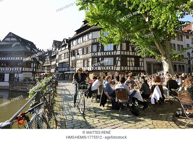 France, Bas Rhin, Strasbourg, old town listed as World Heritage by UNESCO, Petite France District
