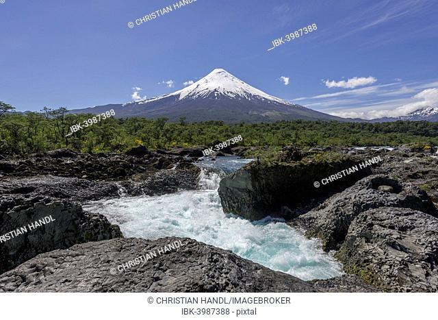 Waterfall of the Rio Petrohué and the Osorno volcano, Parc Nacional Vicente Pérez Ros, Puerto Varas, Los Lagos Region, Chile