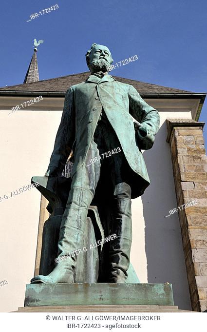 Alfred Krupp, industrialist and inventor, monument in Essen, North Rhine-Westphalia, Germany, Europe