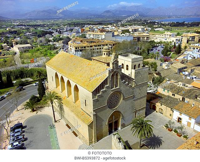 aerial view to Roman Catholic church of St. Jaume in Alc·dia, Spain, Balearen, Majorca, Alcudia