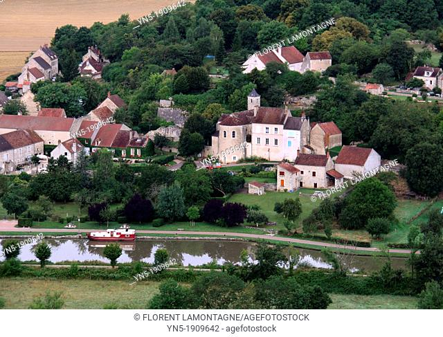 Tonw of France, Burgundy, Nièvre, Chevroches and the canal of Nivernais viewed from the sky