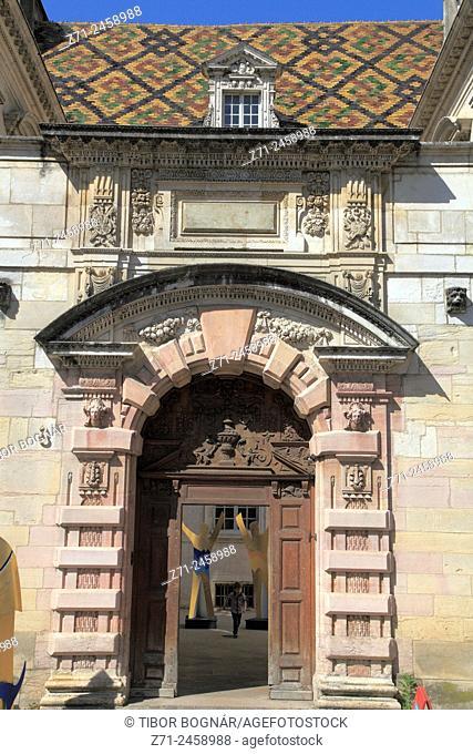 France, Bourgogne, Dijon, historic architecture, detail, door