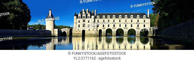The Chateau de Chenonceau designed by French Renaissance architect Philibert de l'Orme 1555 by to span the River Char. Loire Valley