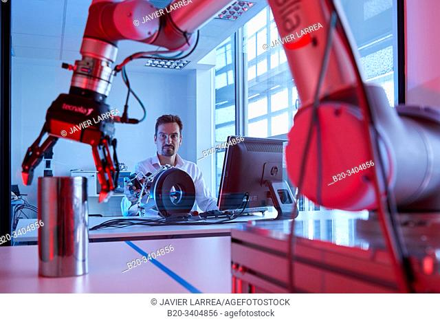 Robot composed of two pieces, a robotic arm, motorized by a clamp to handle dangerous objects, the second part, is remote and is located in a safe area of the...