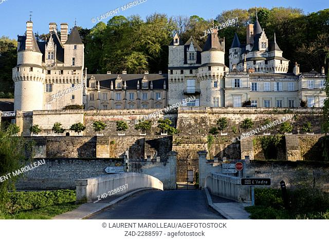 The Château d'Ussé or Sleeping Beauty's Castle, overlooks the Indre River, with its gardens designed by Le Nôtre. Rigny-Usse, Indre-et-Loire, Centre region