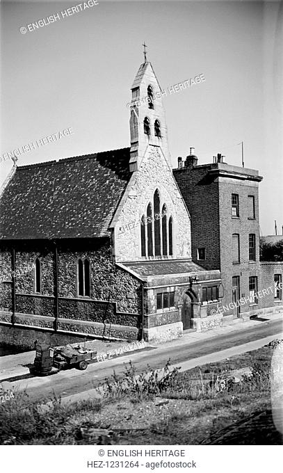 St Andrew's church, Royal Pier Road, Gravesend, Kent, c1945-c1965. The church was originally built in 1870-71 as a mission to seamen