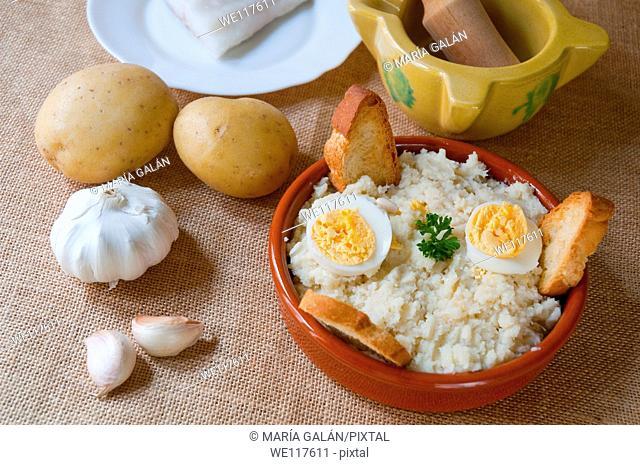 Ajoarriero conquense and ingredients. Cuenca, Castilla La Mancha, Spain