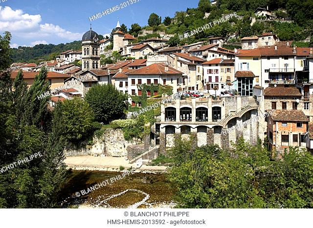 France, Isere, Pont en Royans, Suspended Houses above the Bourne River