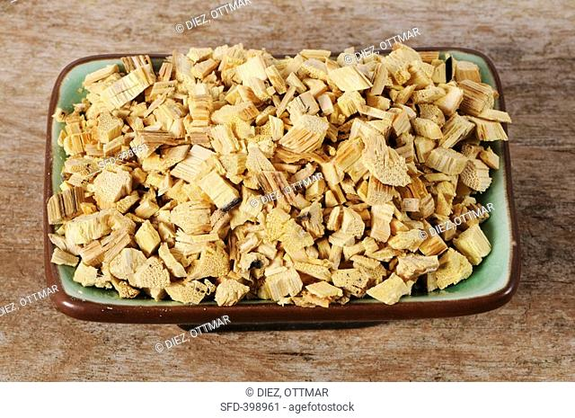 Clematis armandii stem Caulis Clematidis Armandii, Mu Tong in a dish